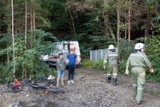 Jugendlicher Mountainbikefahrer verletzte sich bei Sturz auf Baumstumpf_1