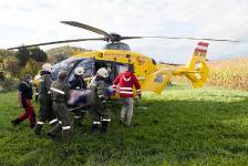 Jugendlicher Mountainbikefahrer verletzte sich bei Sturz auf Baumstumpf_4