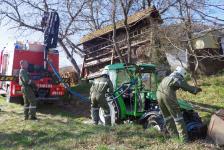 Pensionist kippte mit  Traktor in Hohlweg um_5