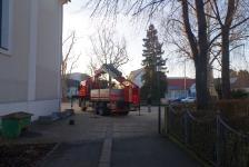Stadtpfarrkirche Jennersdorf hat wieder funktionstüchtige Dachrinnen_2