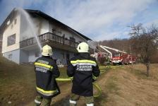 Zimmerbrand in Jennersdorf-Bergen_5